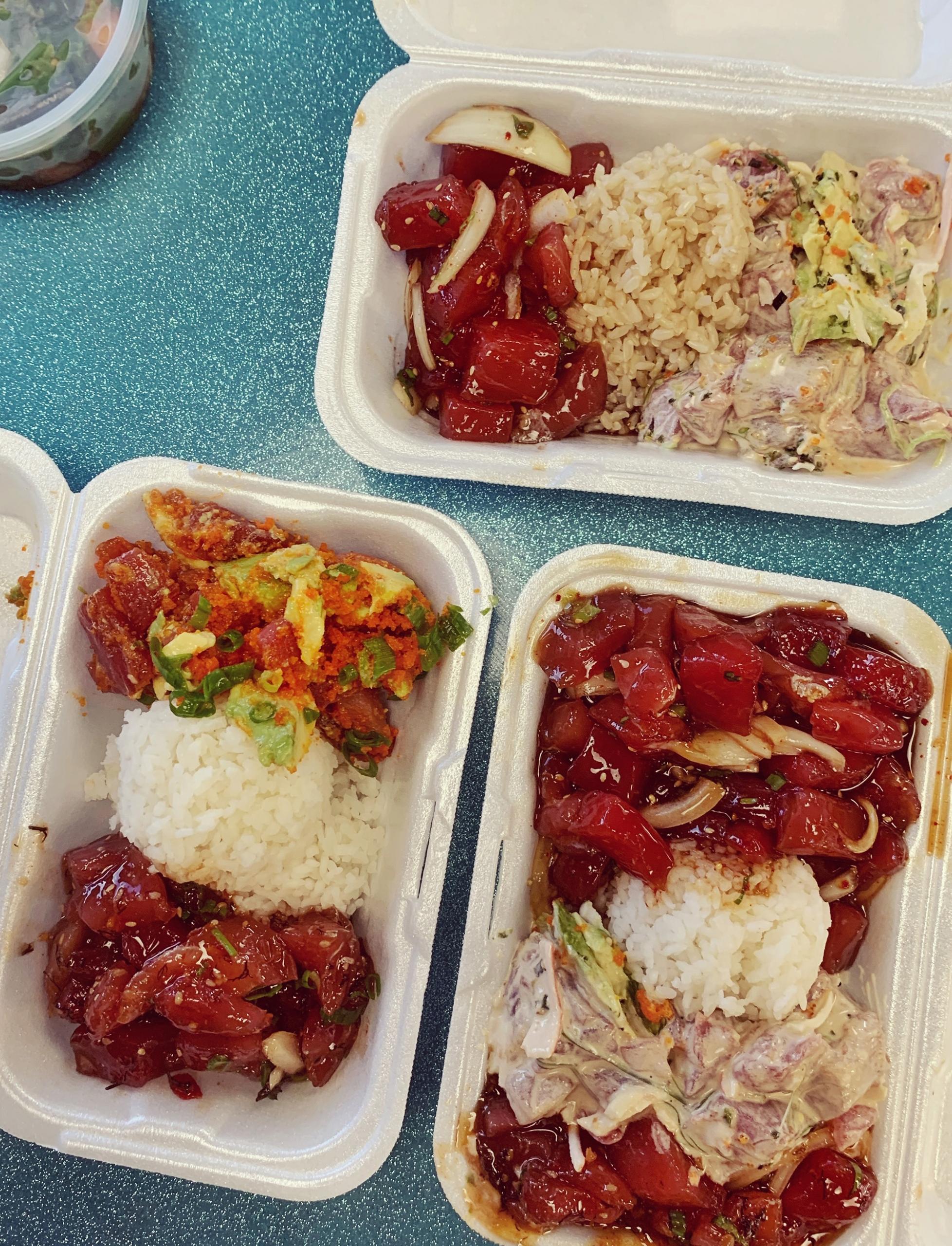 places to eat in Oahu, Hawaii - poke at Fresh Catch in Honolulu