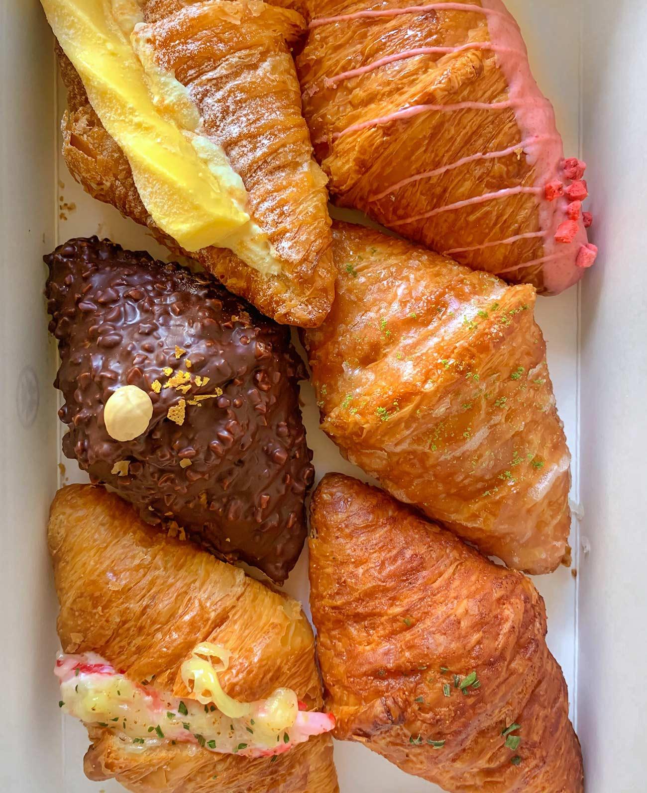 best croissants in Toronto - Hazukido